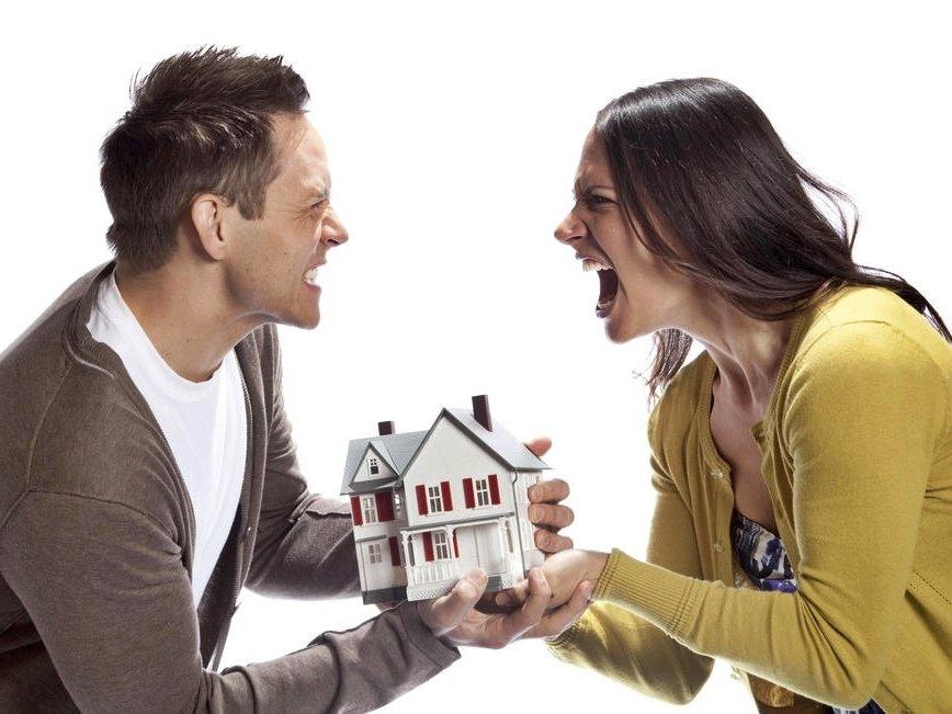 как делится имущество и кредиты при разводе